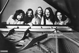 Supertramp - grupo más piano en bn