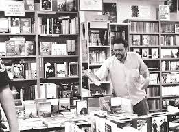 paco en librería